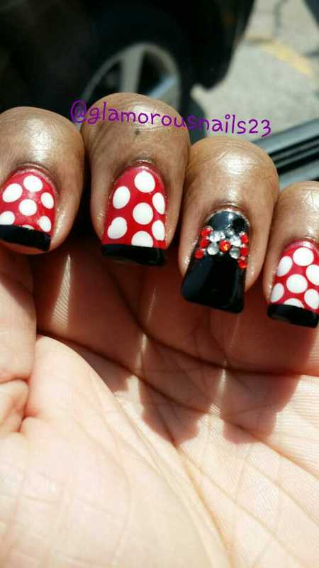 Minnie Mouse nail art by glamorousnails23