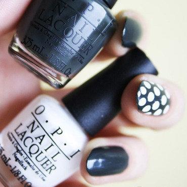 Dots, dots, dots! nail art by Pat