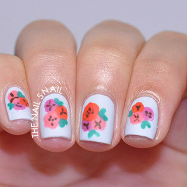 Vintage Floral nail art by Lucy (the Nail Snail)