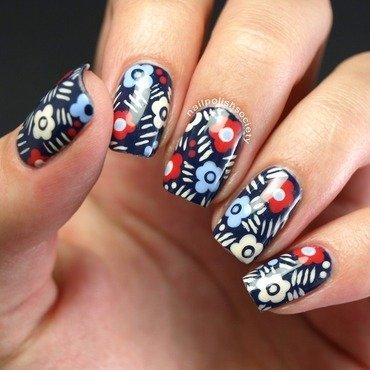 Patriotic-esque Floral Nails nail art by Emiline Harris