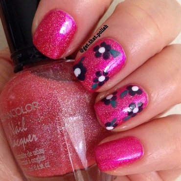 Sparkly Pink nail art by Luciana