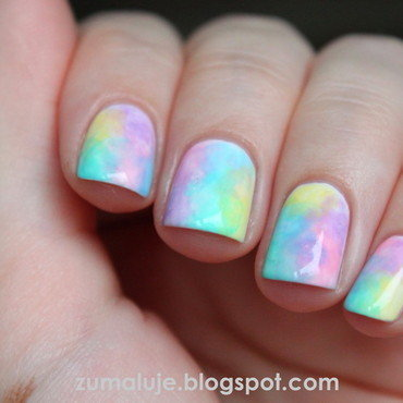 pastel abstraction nail art by Zu