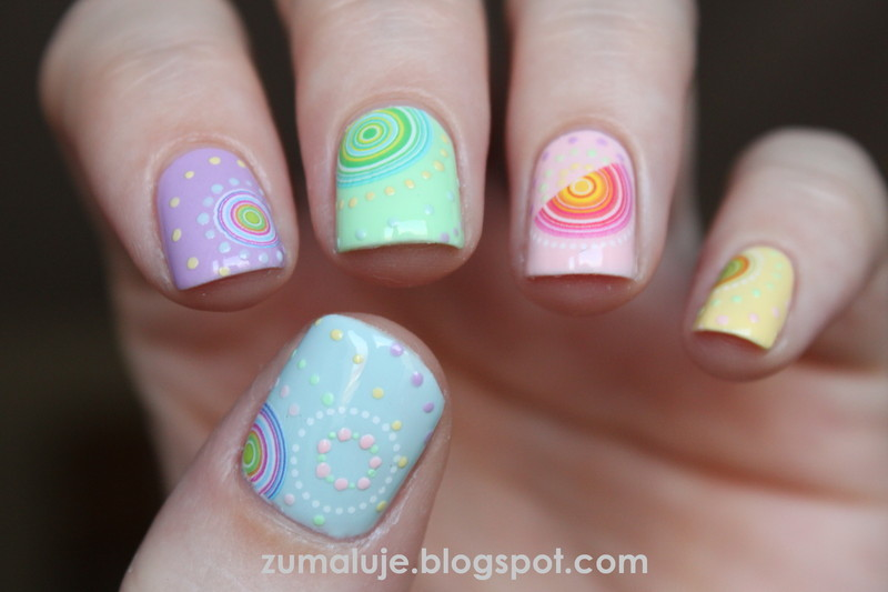 circle! nail art by Zu