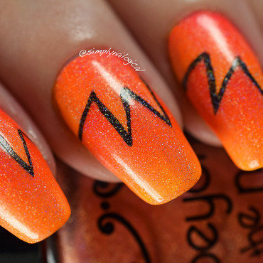 Neon orange starburst scaled gradient + holo nail art by simplynailogical