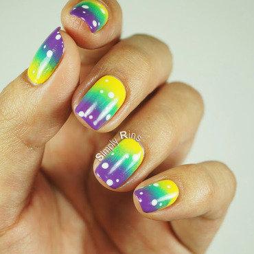80s Gradient nail art by Rina Alcantara