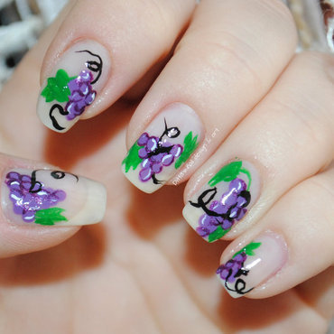 Grapes nail art by Ditta