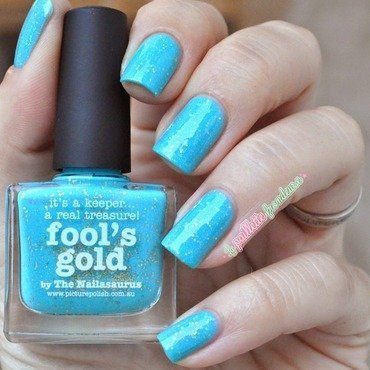 piCture pOlish Fool's Gold Swatch by nathalie lapaillettefrondeuse