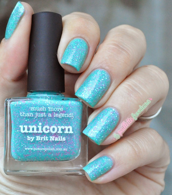 piCture pOlish Unicorn Swatch by nathalie lapaillettefrondeuse