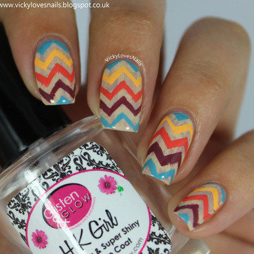 Distressed Chevrons nail art by Vicky Standage