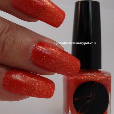 Jior Couture Bon Temps Rousses Swatch by Margriet Sijperda