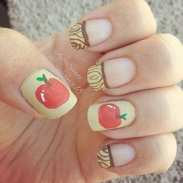 September challenge day 22 Apples nail art by KiboSanti