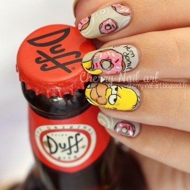 Nail 20art 20simpson 20homer 20et 20donuts 206 thumb370f