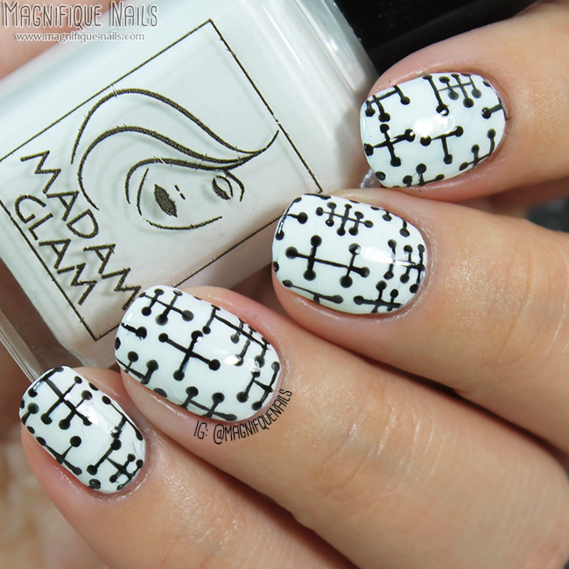 Pattern Dots  nail art by Ana