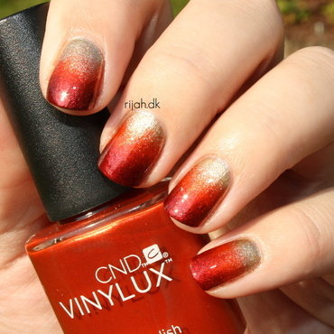 Fall Gradient nail art by Maria Marker