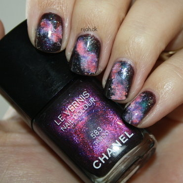 Galaxy nails nail art by Maria Marker