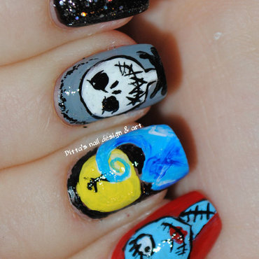 The nightmare before Christmas nail art by Ditta
