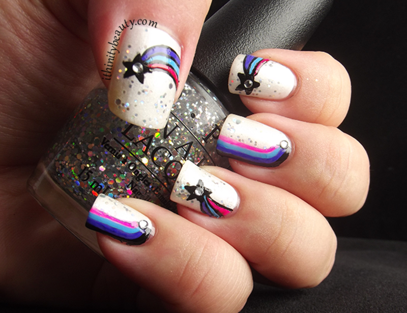 Shooting Stars nail art by Ithfifi Williams