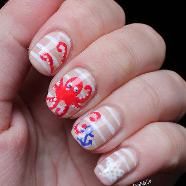 Octopus ispired by Wondrously Polished nail art by Fran Nails