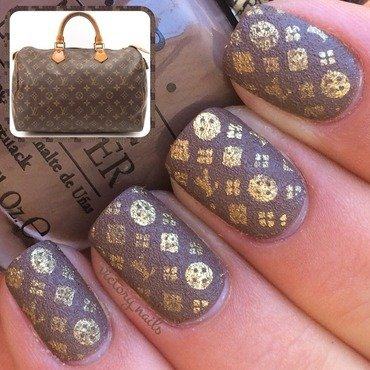 Louis Vuitton -textured nail art by Nicole