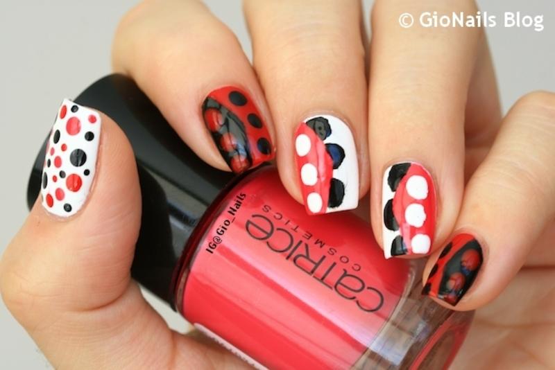 Valentino nail art by Giovanna - GioNails
