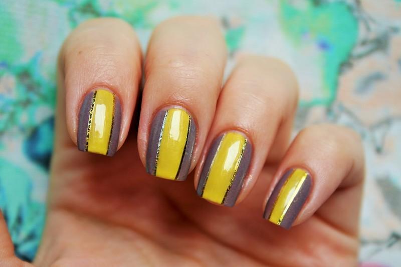 Yellow stripes nail art by Jane