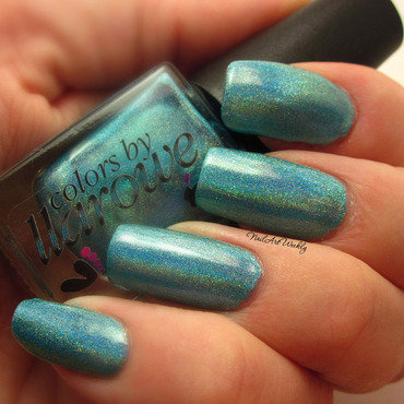 Colors By Llarowe Chillin' in Paradise Swatch by Karolyn
