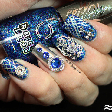 Sapphire Splendor nail art by Karolyn