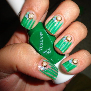 Easy Nails for Office nail art by Leneha Junsu