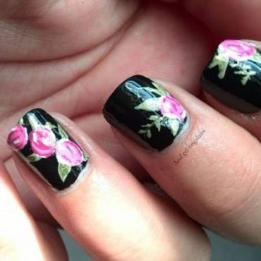 Inspiration Doc Martens fleurie nail art by And'gel ongulaire