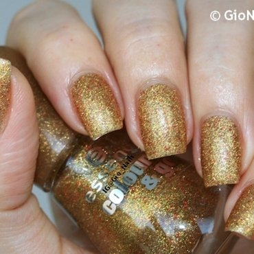 Essence Gold Fever Swatch by Giovanna - GioNails