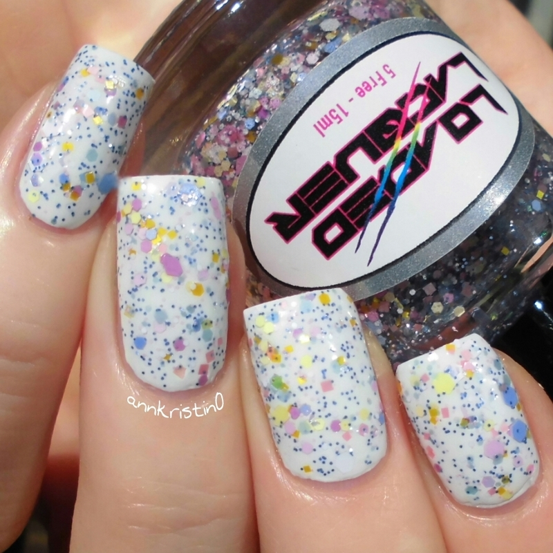 Loaded Lacquer Fluffy Macaroons Swatch by Ann-Kristin