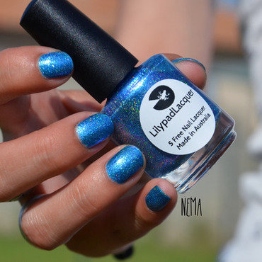 Lilypad Lacquer Azure Dreams Swatch by nehmaah