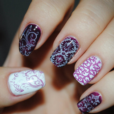 Purple stamping nail art by Ditta