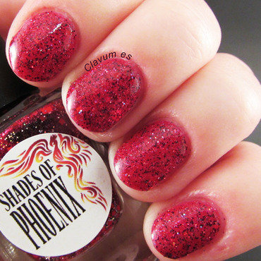 Shades of Phoenix Wildfire Swatch by Melissa (Clavum Es)