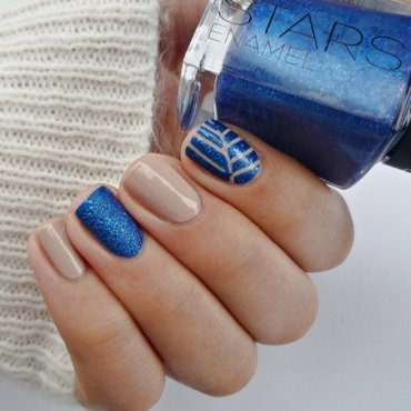 Nail art with Blu Imperiale nail art by Romana