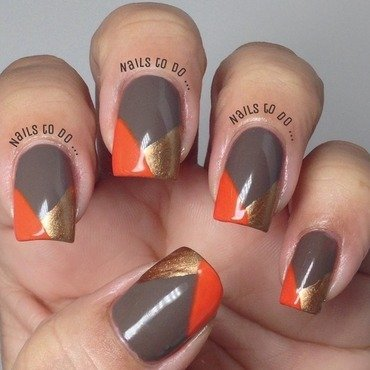 All fall nail art by Jenny Hernandez