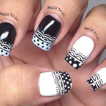Blanco y Negro nail art by Jenny Hernandez