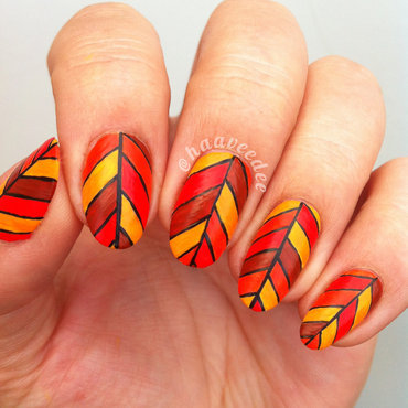 Abstract fall leaves nail art by haaveedee (Hanne)