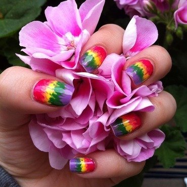 hippie ranbow nail art by Viki J.