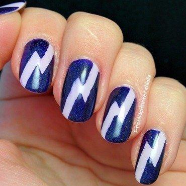 31DC2014 - Day 6 Violet nail art by Franziska FrankieHuntersNails