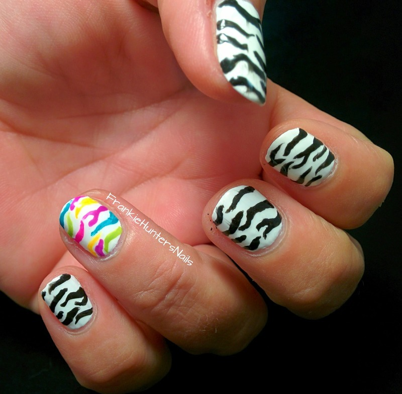 31DC2014 - Day 7 Black and White nail art by Franziska FrankieHuntersNails