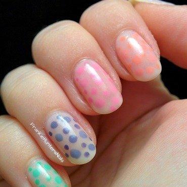 31DC2014 - Day 11 Polka Dots nail art by Franziska FrankieHuntersNails