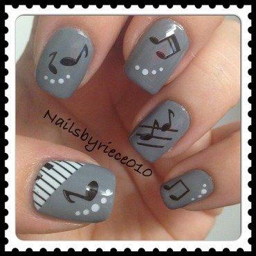 Music nail art by Riece