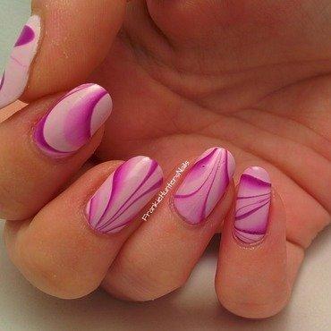31DC2014 - Day 20 Water Marble nail art by Franziska FrankieHuntersNails