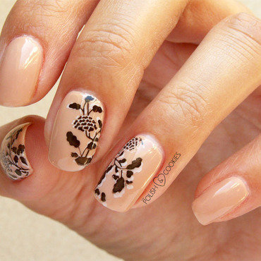 Stampingdelicateflowersnails03 thumb370f