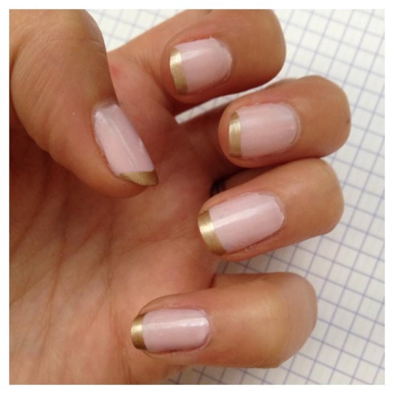 FRENCH BICOLORE nail art by Dju Nails