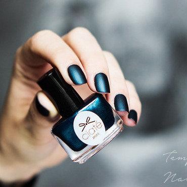 Ciaté Tickle my fancy Swatch by Temperani Nails