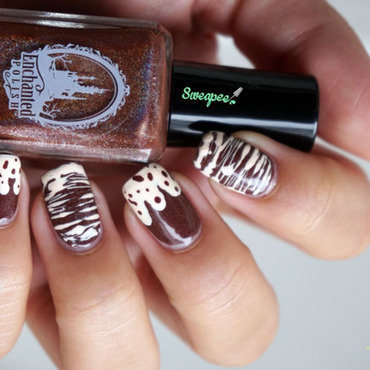 Hot chocolate nail art by Sweapee