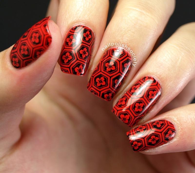 Kamon Inspired Pattern nail art by Emiline Harris