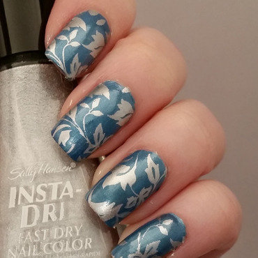 Silver Leaf nail art by Gr8Nails